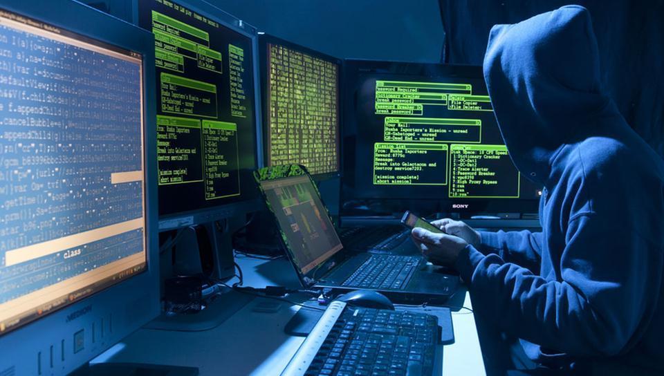 hacker130_v-videowebl.jpg
